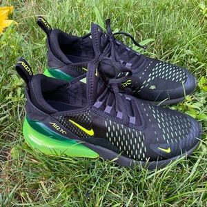 Nike Air Max 270 Youth Size 7